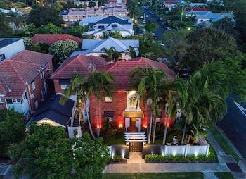 75 Sydney St, New Farm QLD 4005, Australia.