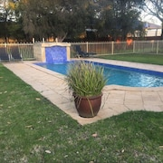 Wattle Grove Motel Wattle Grove, AUS - Best Price Guarantee | LastMinute