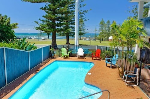 Outdoor Pool, Beach House Holiday Apartments