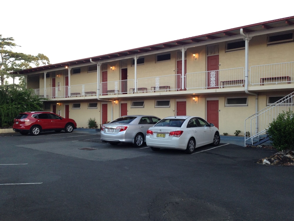 Book Riverview Motor Inn Taree Hotel Deals