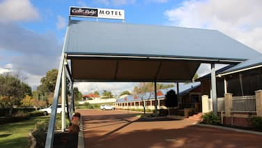 Collie Ridge Motel