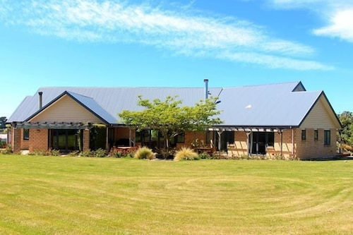 Awatea Country Bed and Breakfast