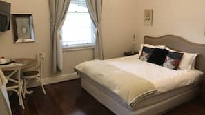 1 bedroom, premium bedding, desk, iron/ironing board