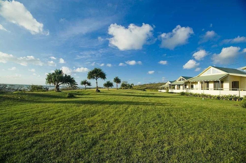Fraser island beach houses in fraser coast hotel rates for Beach house designs fraser coast