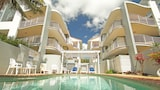 Surf Club Apartments - Marcoola Hotels