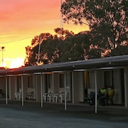 Charles Sturt Motor Inn West Wyalong
