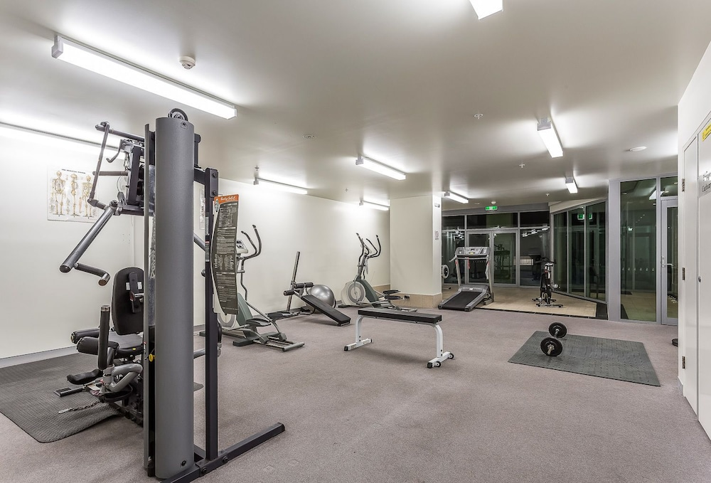Gym, Proximity Waterfront Apartments