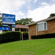 Baybrook Motor Inn & Apartments