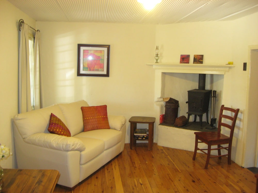 Living Room, Goat Square Cottages