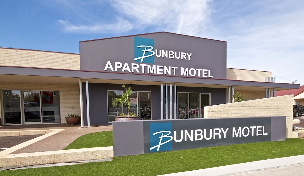 Book bunbury apartment motel bunbury hotel deals for Motel one wellness
