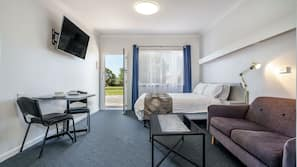 Frette Italian sheets, premium bedding, pillow-top beds, desk