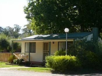 Porepunkah Bridge Holiday Park Deals & Reviews (Bright, AUS
