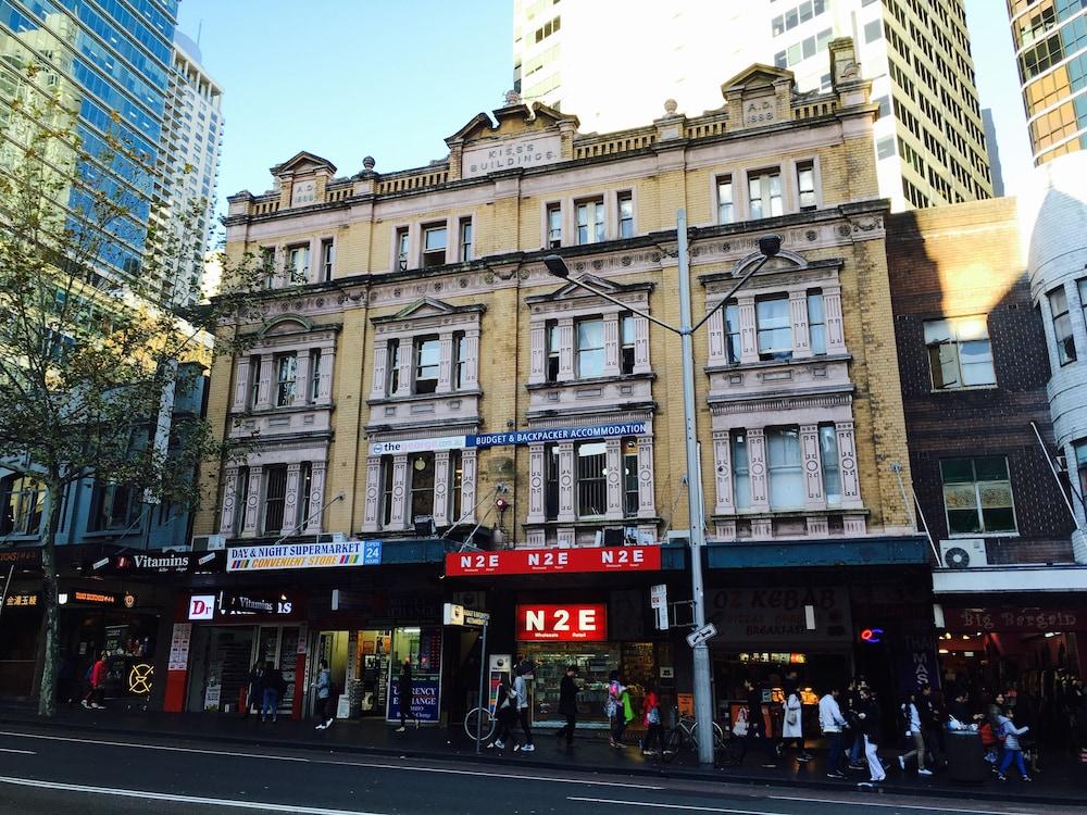 The George Street Hotel Hostel Deals Reviews Sydney Aus Wotif