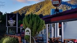 Harrietville Snowline Hotel - Harrietville Hotels