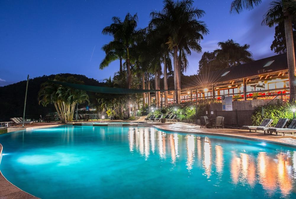 Cedar Lake Country Resort Advancetown Aus Best Price Guarantee Lastminute