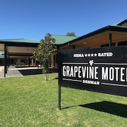 The Grapevine Motel
