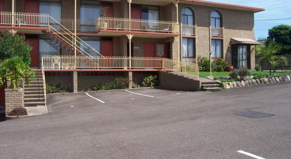 Town Centre Motor Inn In Sapphire Coast Hotel Rates