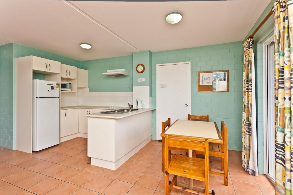 Private Kitchen, The Islander Holiday Resort