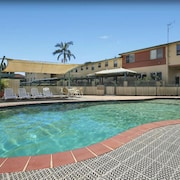 Oxley Cove Apartments