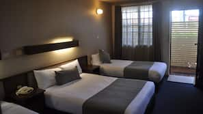 Premium bedding, down duvets, pillow-top beds, blackout curtains