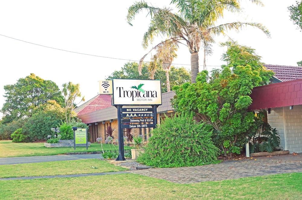 Tropicana Motor Inn: 2018 Room Prices $87, Deals & Reviews   Expedia