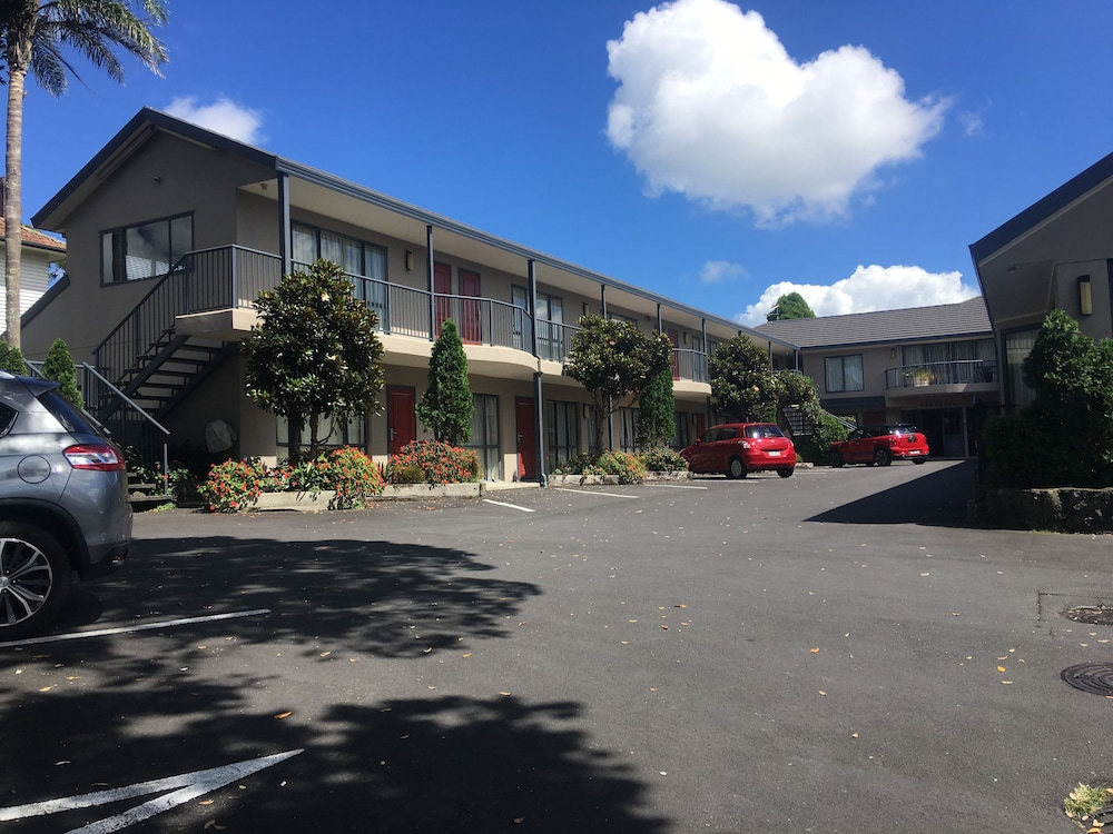 cornwall park motor inn deals reviews auckland nzl