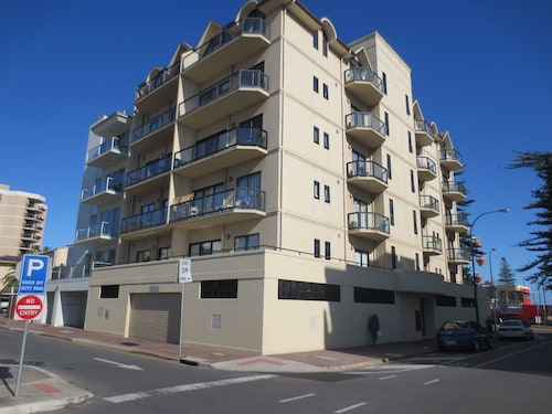 Glenelg Holiday /corporate Accommodation
