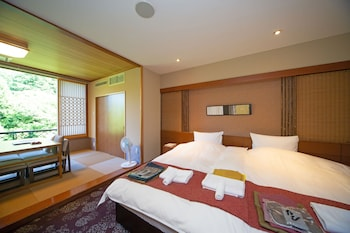 Art and Music Spa Resort Manatei Hakone