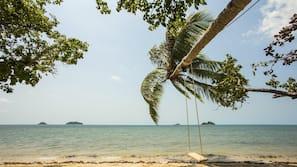 Plage, massages sur la plage, bar de plage