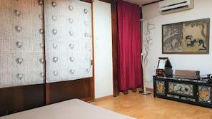 Memory foam beds, desk, iron/ironing board, free WiFi