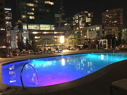 Great Place to stay Corporate Suites in LA Downtown near Los Angeles