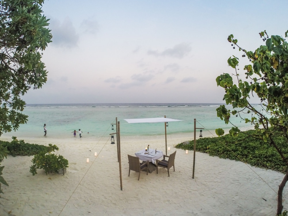 Outdoor Dining, Hotel Ocean Grand at Hulhumale