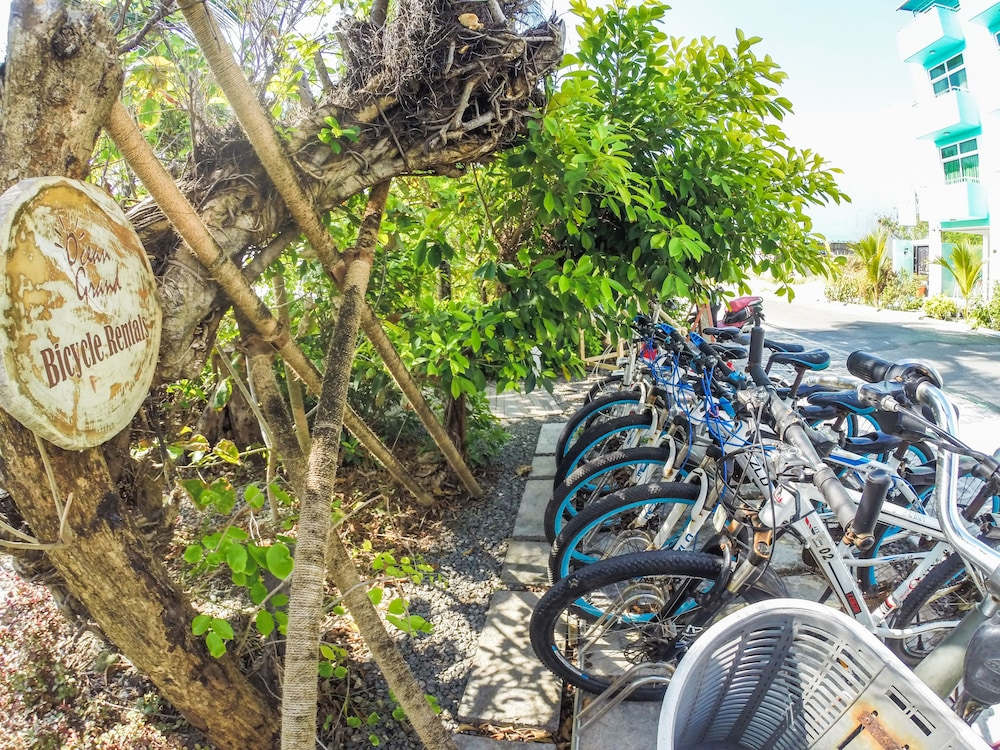 Bicycling, Hotel Ocean Grand at Hulhumale