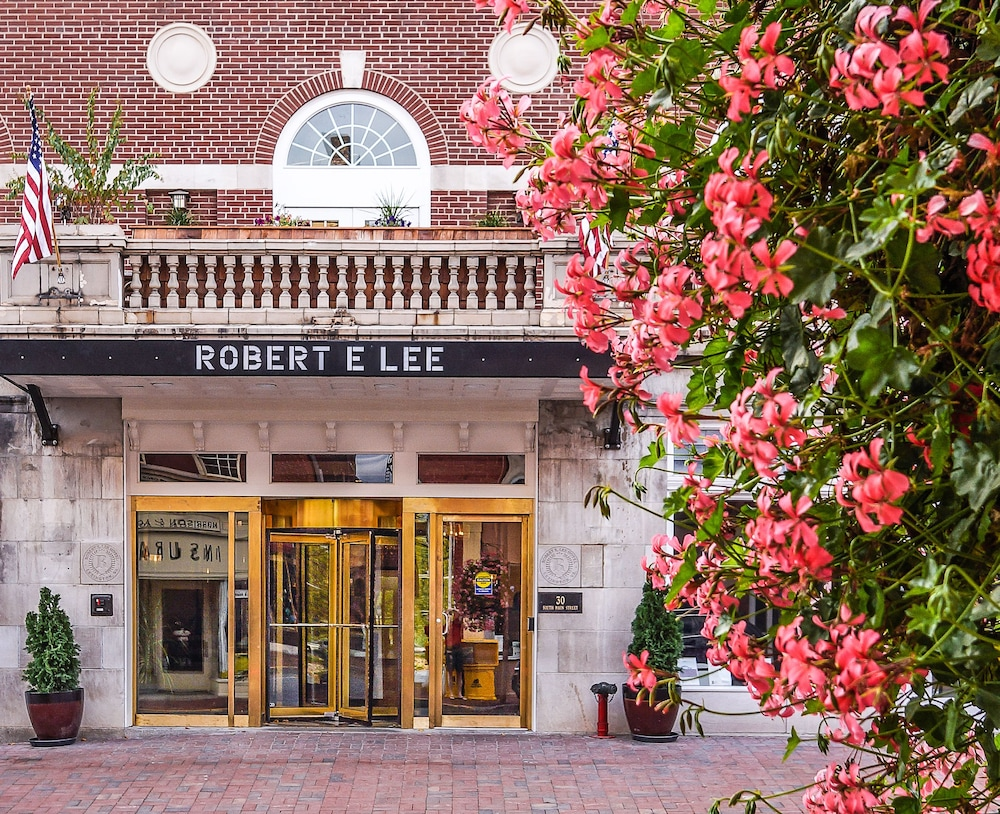 Featured Image, Robert E Lee Hotel