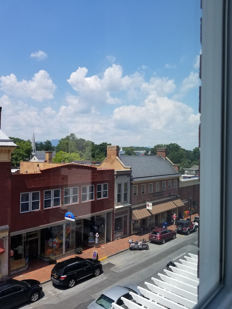 View from Room, Robert E Lee Hotel