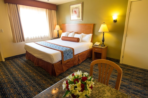 Pismo Beachwalker Inn & Suites