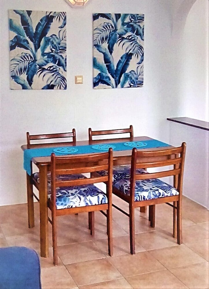 In-Room Dining, Caribbean Sea View Holiday Apartments
