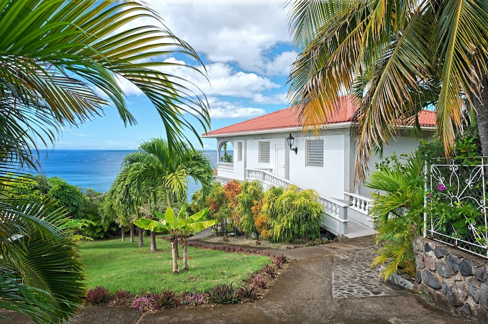 Featured Image, Caribbean Sea View Holiday Apartments