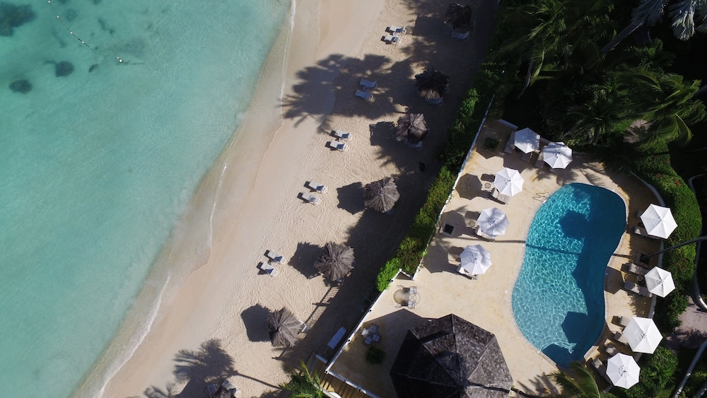 Beach, Cove Suites at Blue Waters