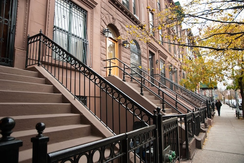 Luxury Suites Upper West Brownstone