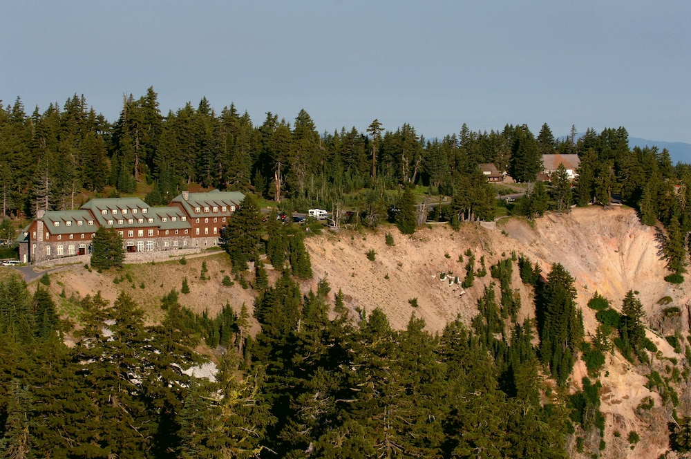 Exterior, Crater Lake Lodge - Inside the Park