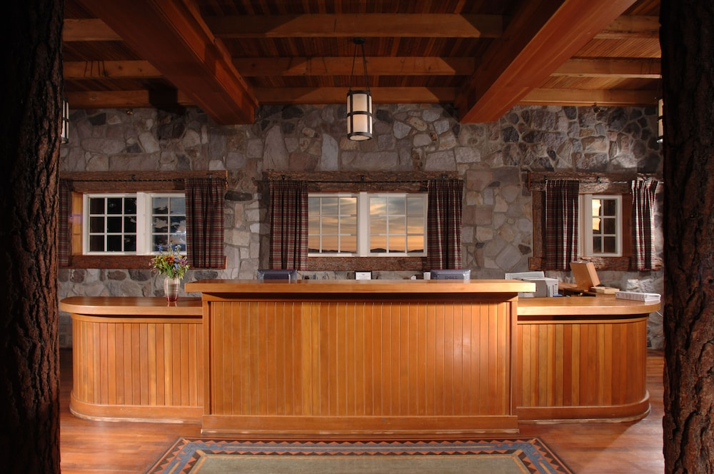 Reception, Crater Lake Lodge - Inside the Park