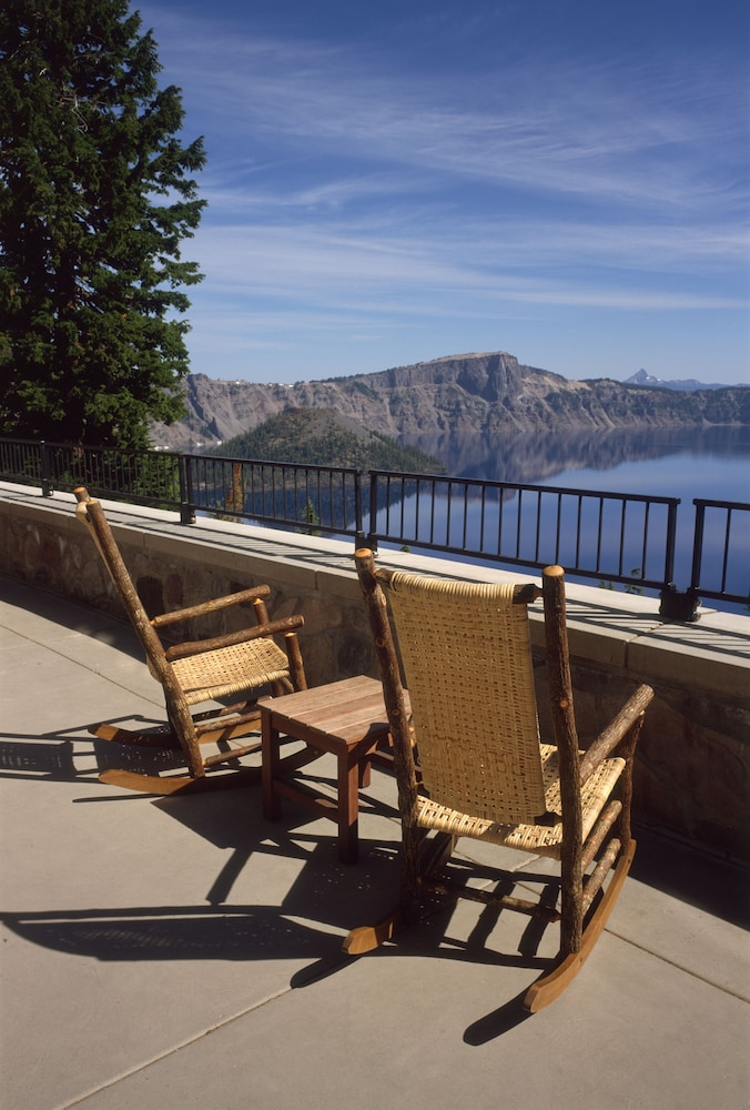 Sundeck, Crater Lake Lodge - Inside the Park