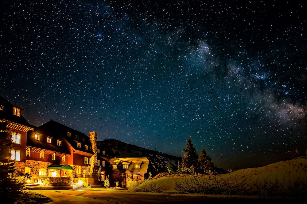 Front of Property - Evening/Night, Crater Lake Lodge - Inside the Park