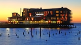 Cannery Pier Hotel - Astoria Hotels