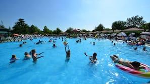7 buitenzwembaden