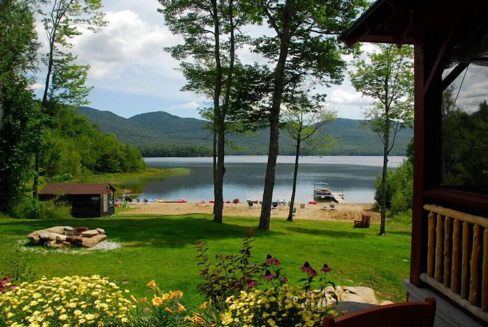 Lake, The Mountain Top Inn & Resort