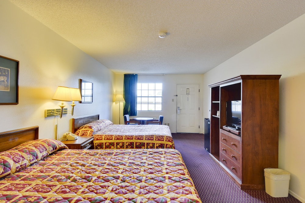 Room Amenity, Windcrest Inn and Suites