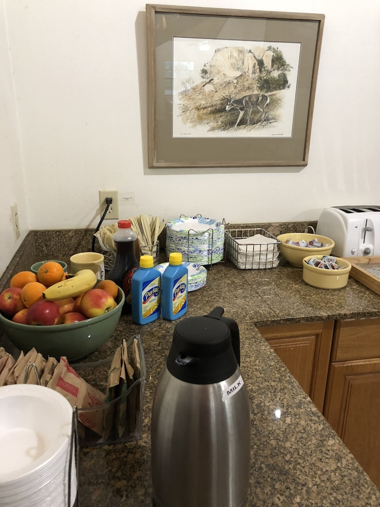Property Amenity, Windcrest Inn and Suites