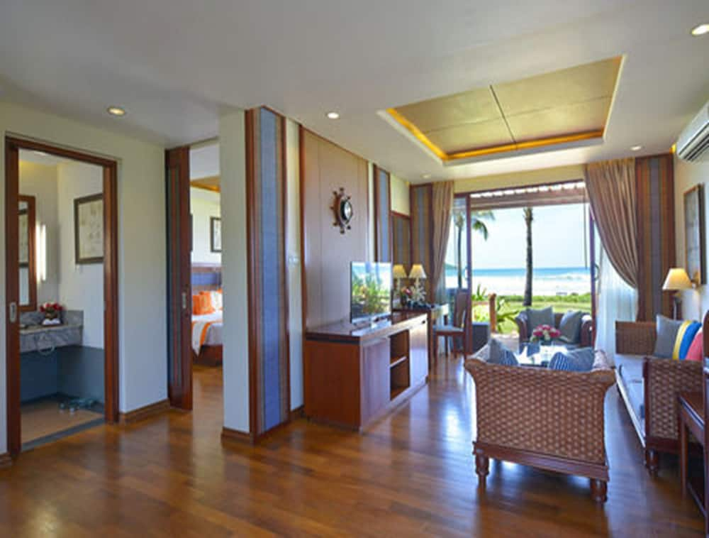 Ngwe Saung Yacht Club Amp Resort In Ngwe Saung Hotel Rates